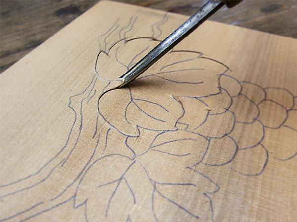 彫刻刀の使い方