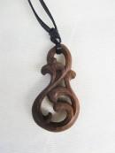 ネックレス 木彫り