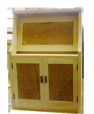 自作の木彫家具