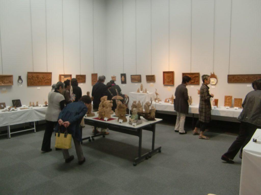 きつつき木彫展